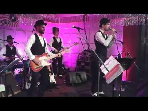PartyLeaders - Moon River (waltz)