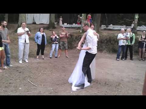 PartyLeaders - první novomanželský tanec (Hanka + Marek - 24.8.2015)
