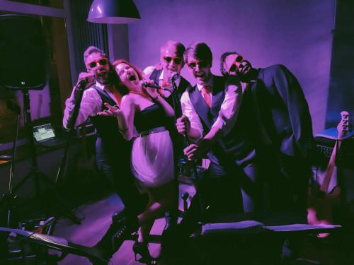 PartyLeaders v Hoffa baru